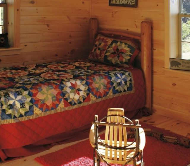 Guest Bedroom Design in Cabin
