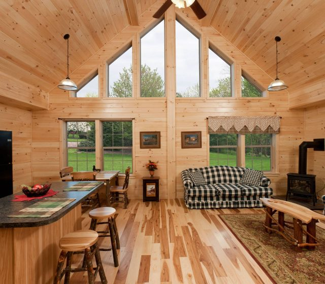 Mountaineer Log Home Kitchen