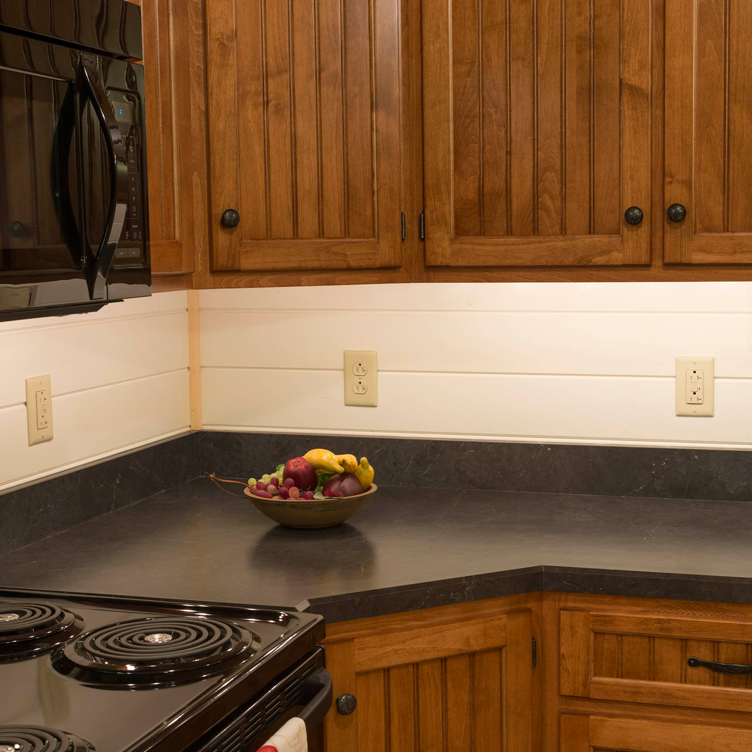 log cabins with kitchen cabinets