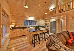 full cabin kitchen with kitchen island
